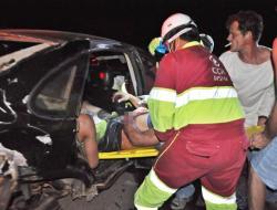 Acidente envolvendo caminhões e carro de passeio deixa três gravemente  feridos na BR 163 em Coxim - Virou Notícia MS 884c277abfc