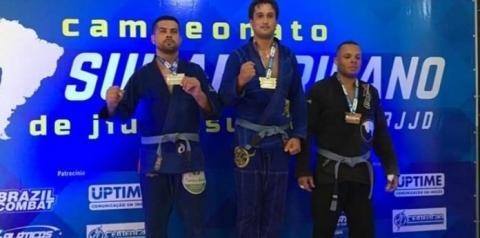 Lutador de Alcinópolis é campeão sul-americano de jiu-jitsu na capital