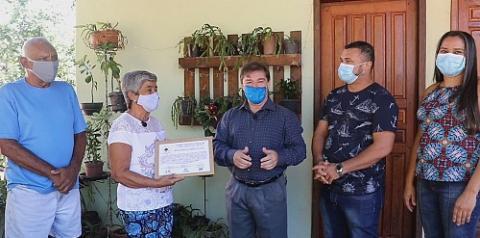 Dona Biga recebe moção proposta pelo Forart e Funronron