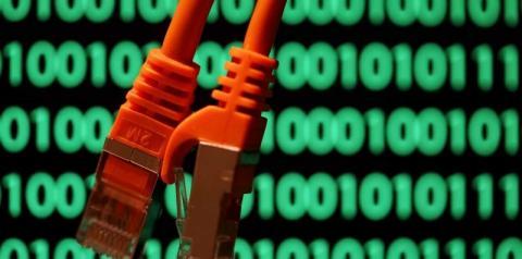 Sociedade se tornou refém de 'milícias digitais'