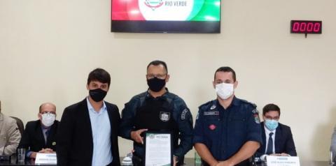Sargento da PM é homenageado pela Câmara de Rio Verde por ajudar evitar suicídio de mulher em Coxim