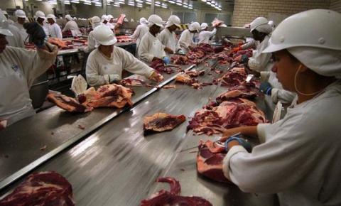 Friboi admite que carne pode ter sido contaminada com formol