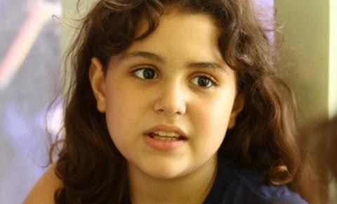 Aos 10 anos meninas já mandam recados do tipo: sou uma feminista em progresso