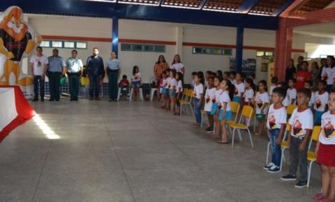 PM em parceria com a prefeitura Forma Alunos da Educação Infantil em Alcinópolis