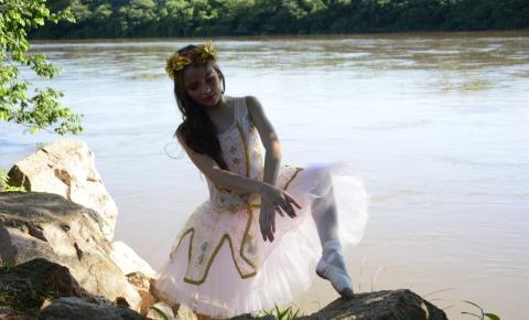"""""""Alice no País da Música"""" será o novo espetáculo do coreógrafo Marcelo Mariano. Evento marca 30 anos de dedicação e amor à dança."""