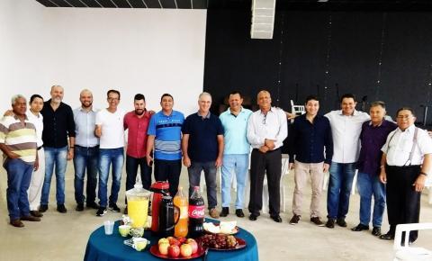 Pastores se reúnem para organizar marcha para Jesus em Coxim
