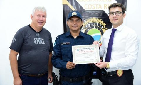 Delegado de Costa Rica recebe homenagem da Câmara de Alcinópolis por contribuir na luta contra a violência doméstica