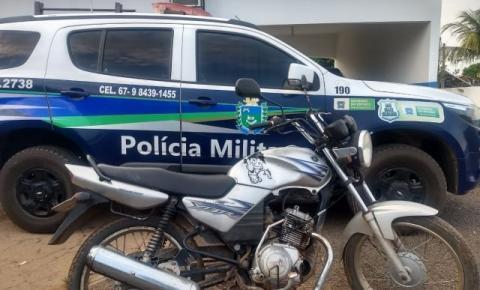 PM de Alcinópolis apreende motocicleta irregular com condutor sem CNH