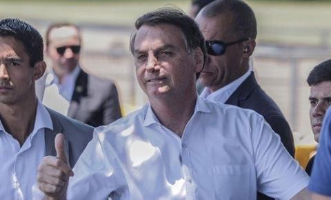 Dpvat: Bolsonaro assina medida provisória que extingue o seguro obrigatório