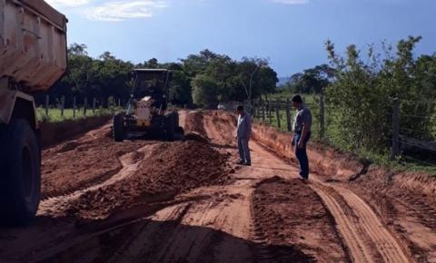 Prefeito de Alcinópolis acompanha frentes de serviço que realizam manutenção de estradas rurais