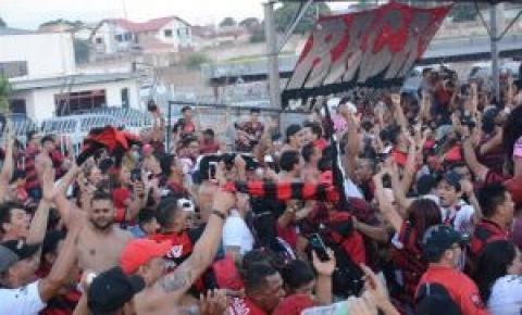 Em final dramática, até torcedores chegaram a perder a esperança na virada do Flamengo