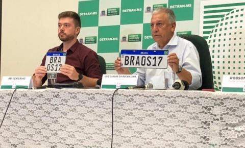 Placa Mercosul: Emplacamento será feito apenas em credenciadas a partir de fevereiro