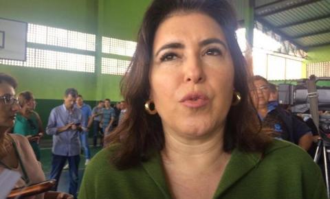 """Simone critica governador e presidente: """"falta bom senso aos dois lados"""""""