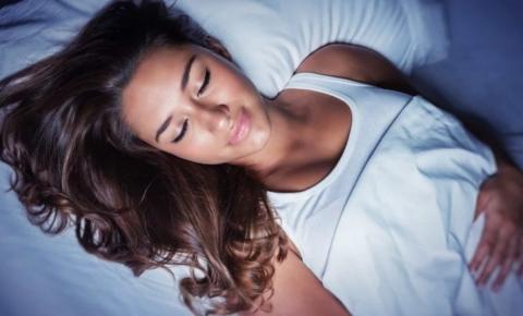 Quatro coisas que podem acontecer se for dormir com fome