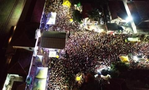 Cerca de 35 crianças e jovens passaram mal por abuso de álcool e drogas no carnaval