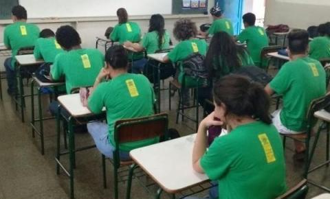Rede estadual prepara protocolo de biossegurança para retorno das aulas presenciais
