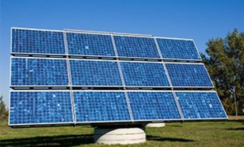 Prefeitura cria programa que incentiva uso e geração de energia solar