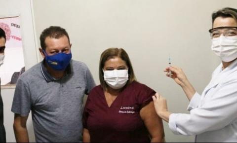Alcinópolis recebe 98 doses da Vacina Contra a Covid-19 e começa a imunizar os profissionais da Saúde