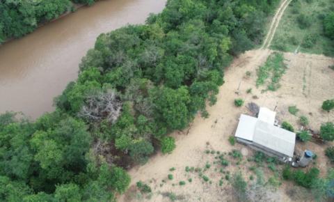 PMA autua dono de chácara por construção de rancho pesqueiro degradando área protegida