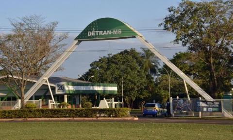 """Detran-MS lança leilões para 321 veículos e 65 sucatas na Operação """"Pátio Zero"""""""