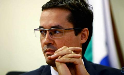 Lava Jato 'ajudou a eleger o Bozo', diz procuradora a Deltan Dallagnol