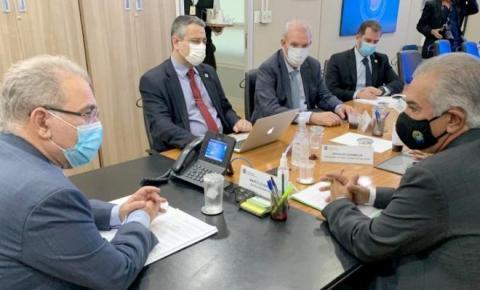 Governador reivindica aumento de 30% no envio das vacinas para as cidades fronteiras