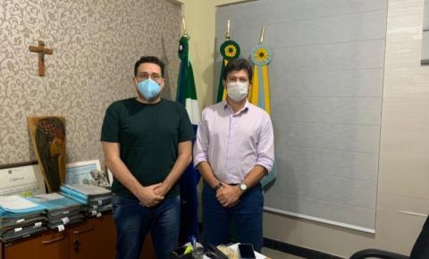 Prefeito discute reforço na segurança pública de Costa Rica com perito criminal de Perícias de MS