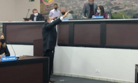 Evaldo Gomes Furtado é empossado Vereador pela Câmara Municipal de Alcinópolis