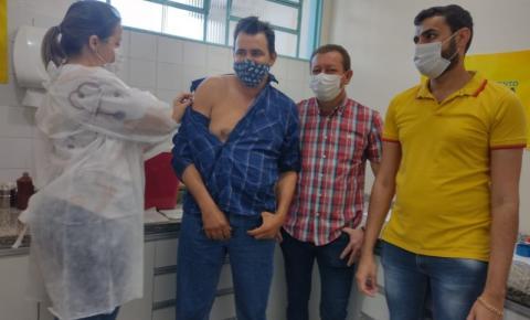 Alcinópolis alcança 100% de eficiência e eficácia na aplicação de vacinas contra o COVID-19