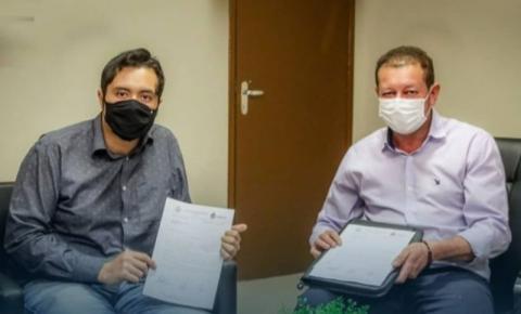 Prefeito Dalmy e vereadores fazem reunião e pedem emenda ao senador Nelsinho de R$ 1 milhão para pavimentação e drenagem no município