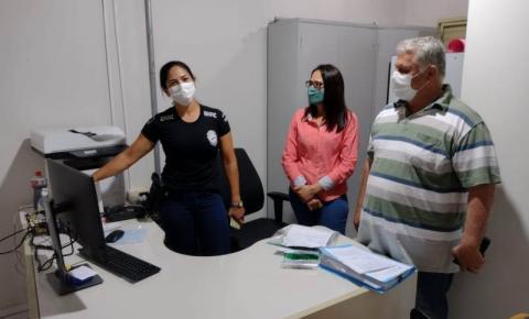 Vereadores de Alcinópolis MS, viabilizam móveis para Delegacia de Polícia.