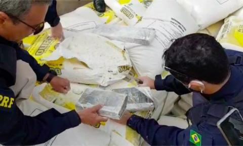 Motorista flagrado com meia tonelada de cocaína em MS é absolvido por ter 'pouca instrução'