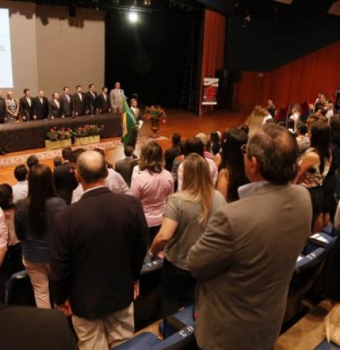 Simpósio promove debate sobre novo código de processo civil