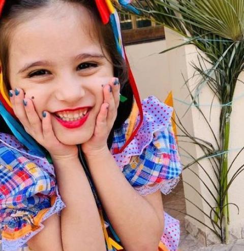 Concurso junino é palco de sessão de fotos e dá show de representatividade para crianças autistas em MS